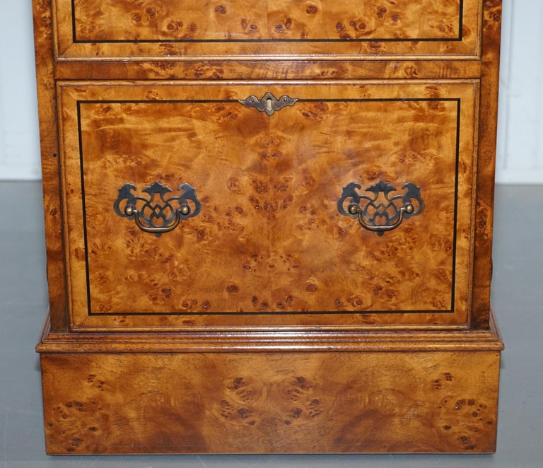 Pair of Brights of Nettlebed Burr Walnut Office Filing Cabinets Desk In Good Condition For Sale In London, GB