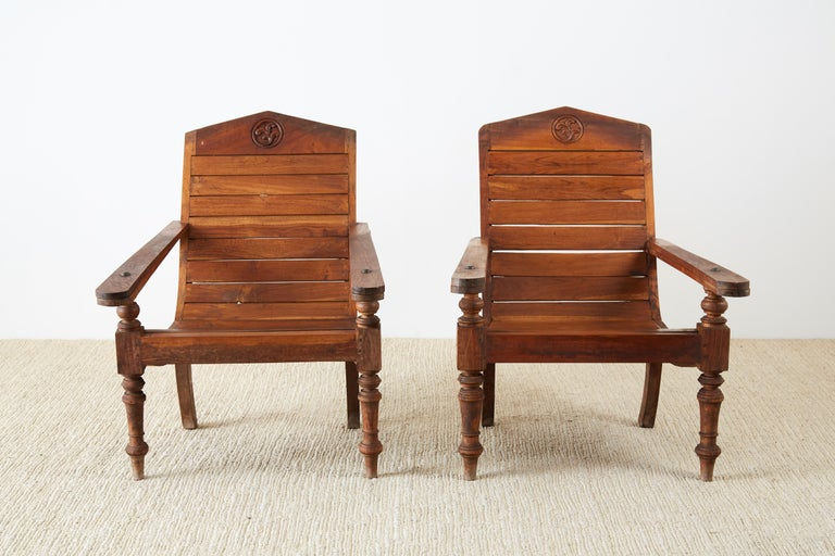 Indian Pair of British Colonial Teak Plantation Chairs For Sale
