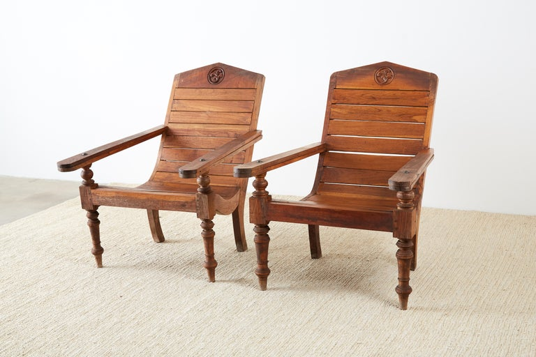 Pair of British Colonial Teak Plantation Chairs In Good Condition For Sale In Oakland, CA