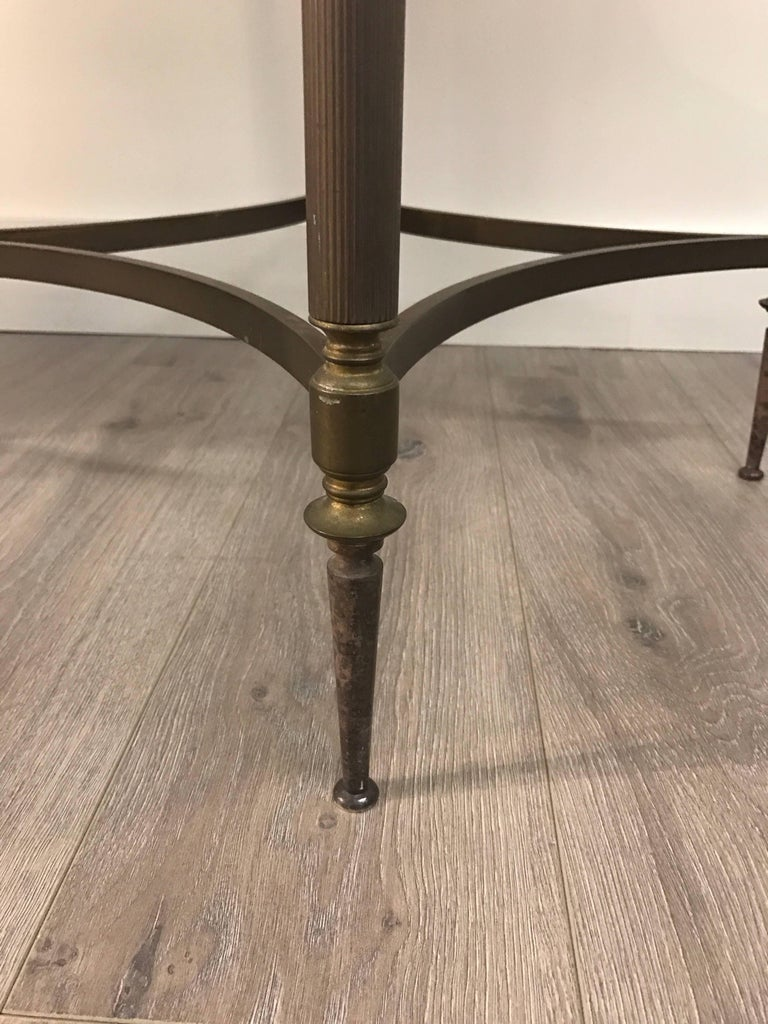 Italian Pair of Bronze and Marble Round Neoclassical End Side Tables For Sale