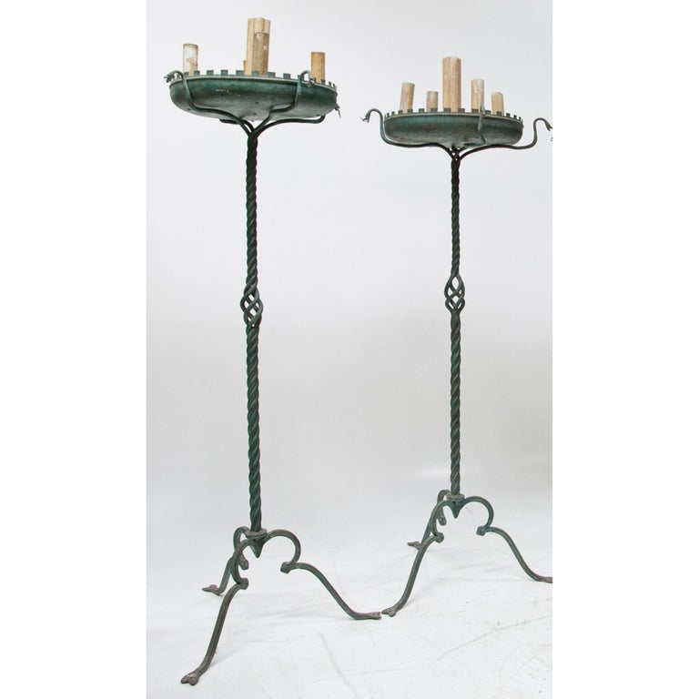Pair of Bronze Floor Lamps, Italy, 1930-1940 For Sale 3