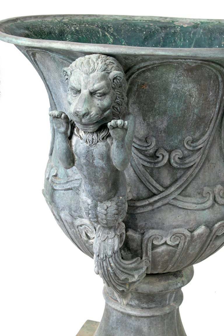 20th Century Pair of Bronze Garden Urns with Lions in Old Green Patina For Sale
