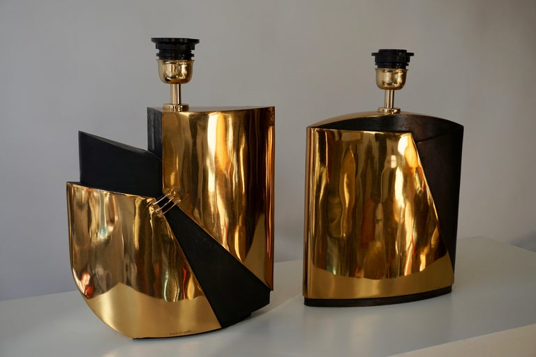 Two bronze double patina table lamps signed by Esa Fedrigolli.Italy 1970s.