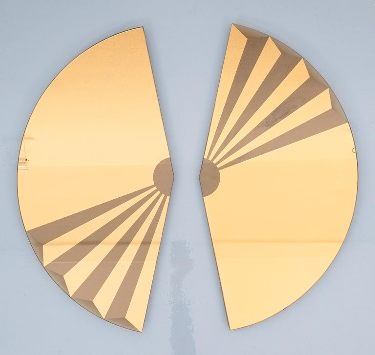 Late 20th Century Pair of Bronze Wall Mirrors Trompe l'oeil, circa 1970, Italy For Sale