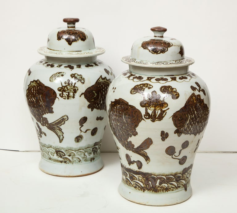 Pair of Brown and White Ginger Jars For Sale 10