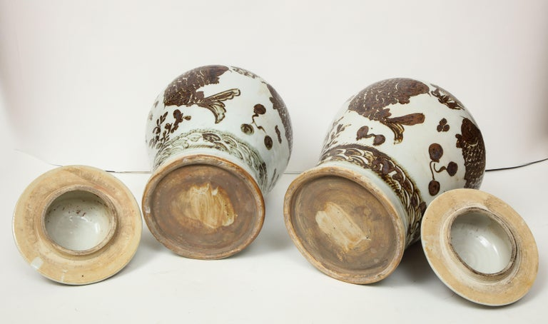 Pair of Brown and White Ginger Jars For Sale 11