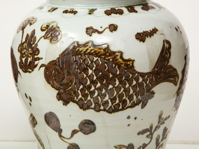 Pair of Brown and White Ginger Jars For Sale 2