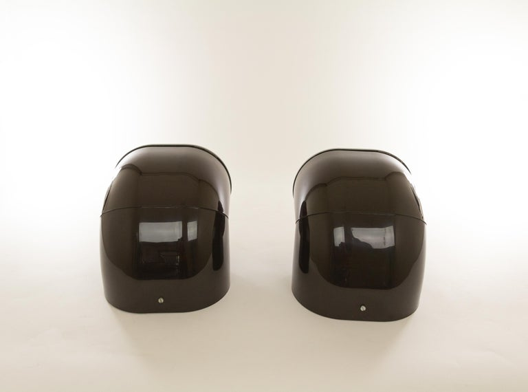 Late 20th Century Pair of Brown Gomito Wall Lamps by Gae Aulenti for Stilnovo, 1970s For Sale