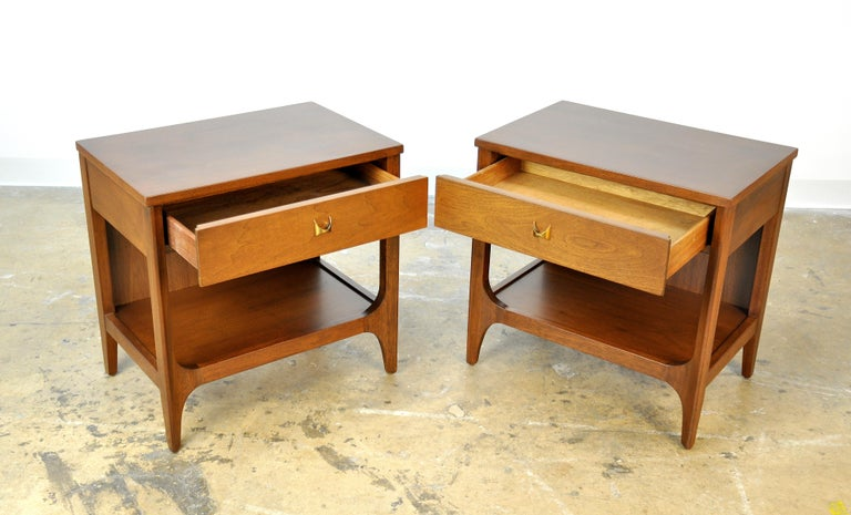 American Pair of Broyhill Brasilia Walnut and Brass Nightstands or Side Tables For Sale