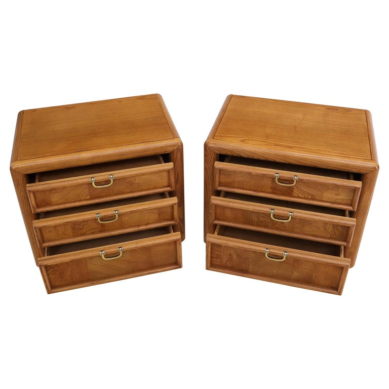 Pair of Broyhill Three Drawer Nightstands End Side Tables For Sale
