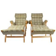 Pair of Bruno Mathssons Pernilla Lounge Chairs with Ottoman, Sweden, 1970s