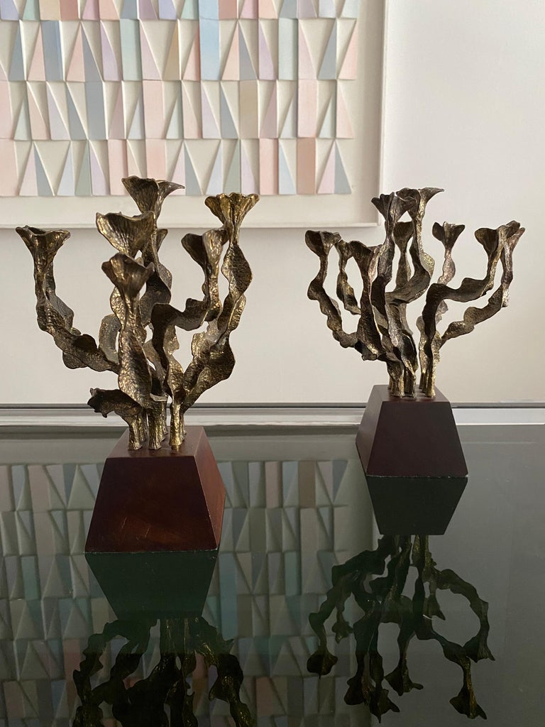Pair of Brutalist Bronze Candlesticks In Good Condition For Sale In Saint-Ouen, FR
