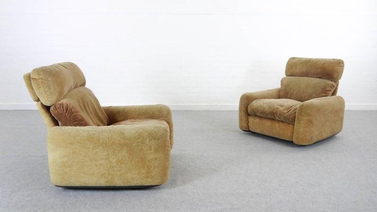 Pair of Busnelli Piumotto Easy Chairs by Architect Arrigo Arrigoni, Italy 4