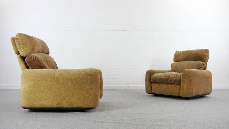 Pair of Busnelli Piumotto Easy Chairs by Architect Arrigo Arrigoni, Italy 3