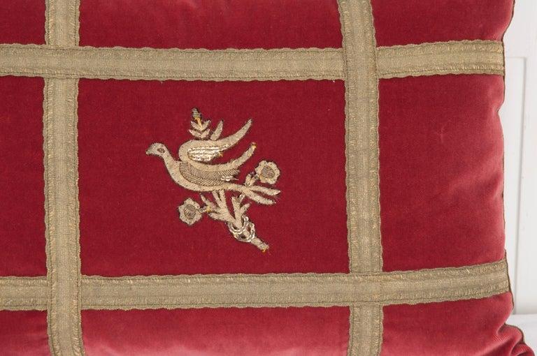 Pair of B.Viz Design Antique Textile Pillows In Good Condition For Sale In Baton Rouge, LA