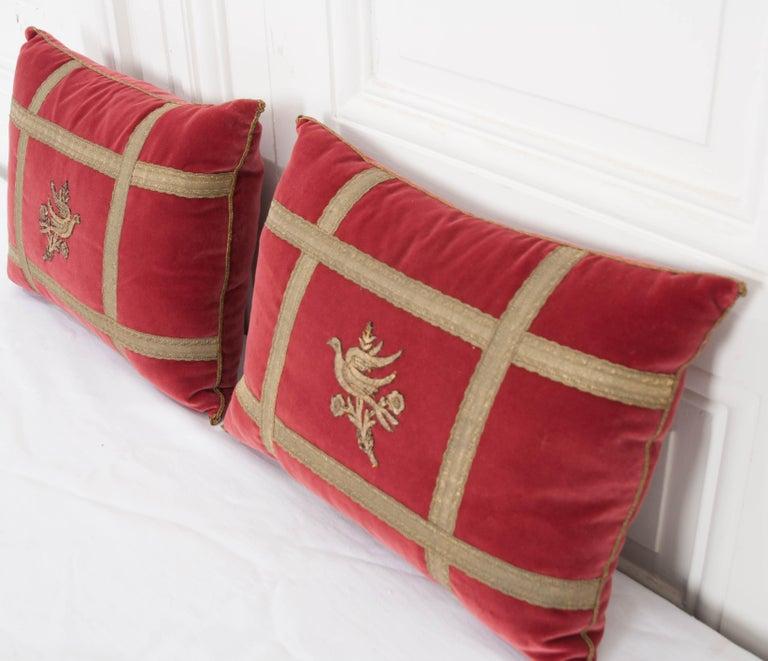 19th Century Pair of B.Viz Design Antique Textile Pillows For Sale