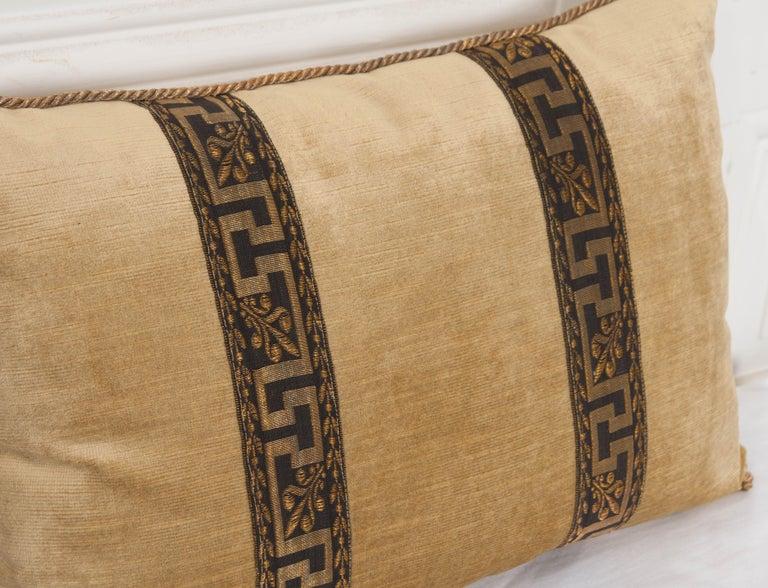 20th Century Pair of B.Viz Design Antique Textile Pillows For Sale