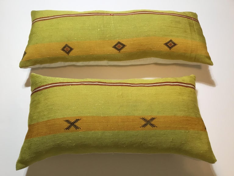20th Century Pair of Cactus Silk Pillows For Sale