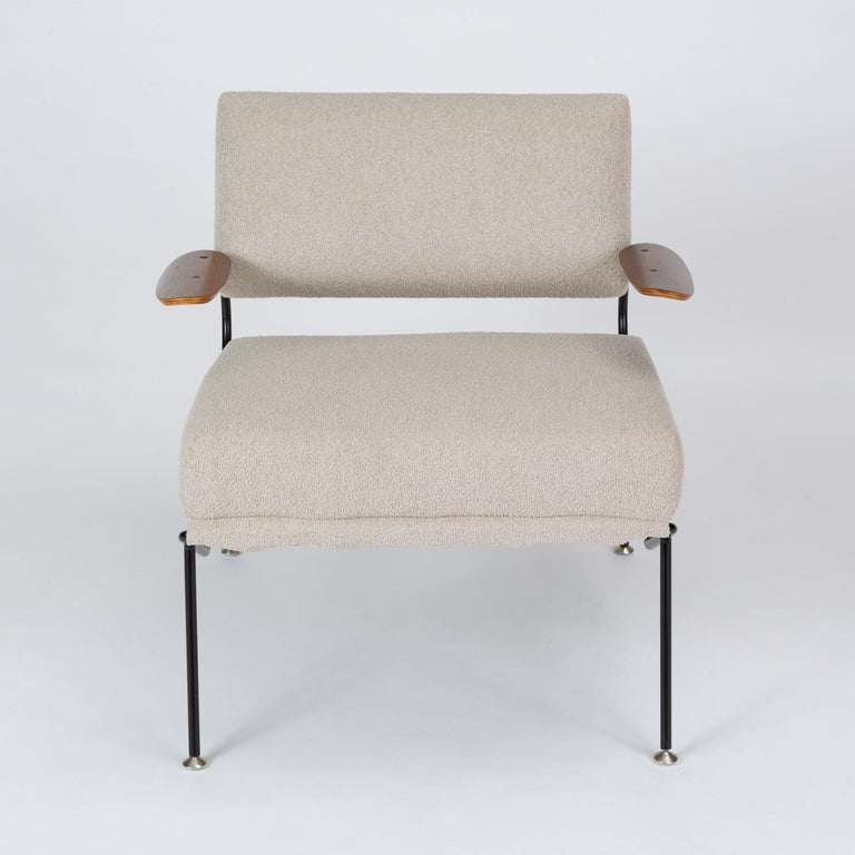 Powder-Coated Pair of California Modern Lounge Chairs by Dan Johnson for Selig For Sale