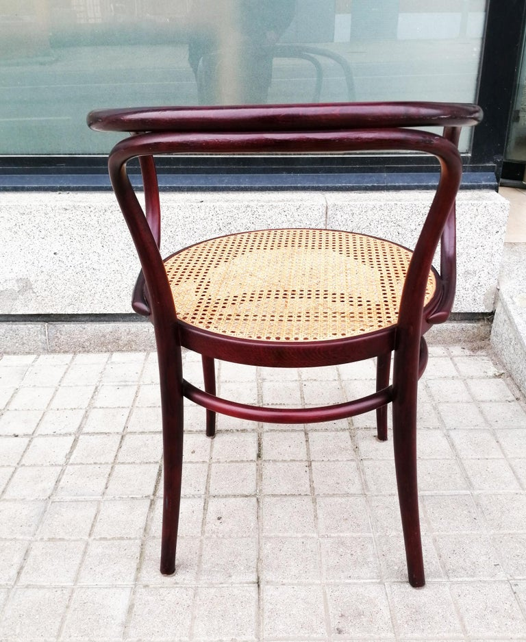Pair of Cane and Bentwood Chairs after Thonet 209, 1950s In Good Condition For Sale In Mombuey, Zamora