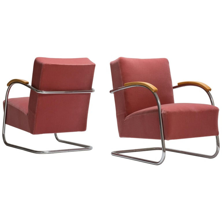 Pair of Cantilever Tubular Steel Armchairs by Thonet with Mohair Upholstery For Sale