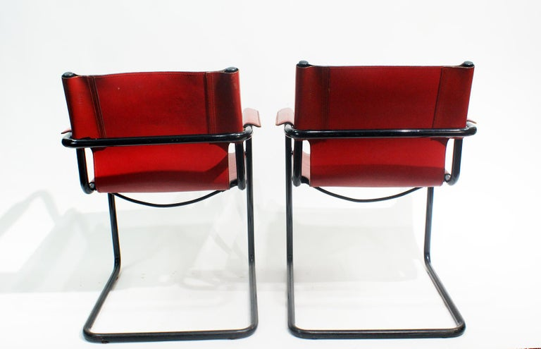 Italian Pair of Cantilever Visitor Side Chairs, Signed Matteo Grassi, Italy, 1970s For Sale