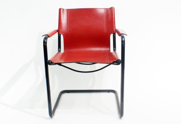 Pair of Cantilever Visitor Side Chairs, Signed Matteo Grassi, Italy, 1970s In Good Condition For Sale In Beirut, LB