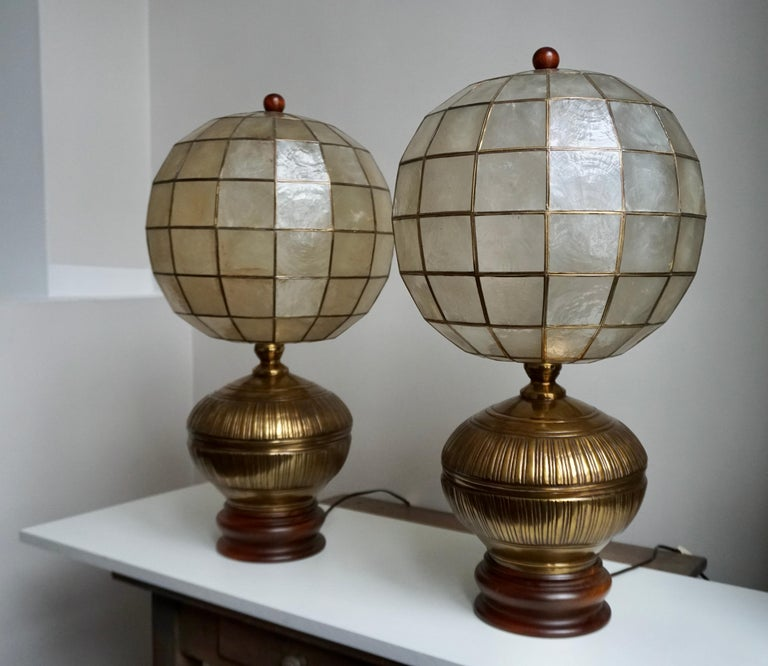 Pair of Capiz Shell and Copper Lamps In Good Condition For Sale In Antwerp, BE