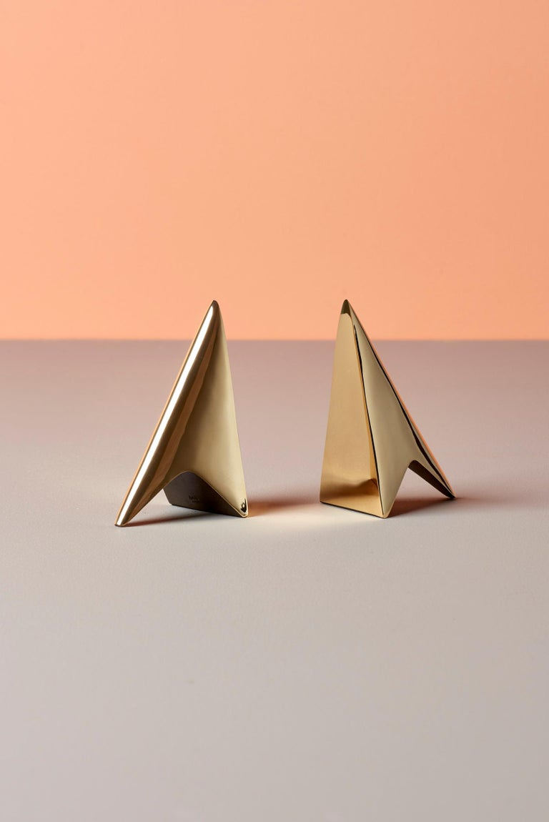 Pair of Carl Auböck Bookends in a Patina and Polish Brass Mix In Excellent Condition For Sale In Berlin, DE