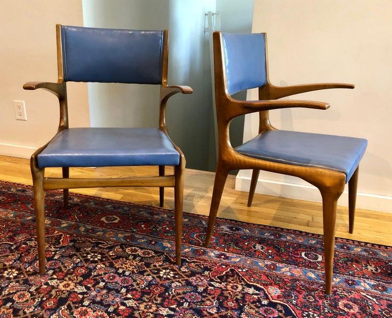 Mid-Century Modern Pair of Carlo de Carli Model 162 Armchairs For Sale