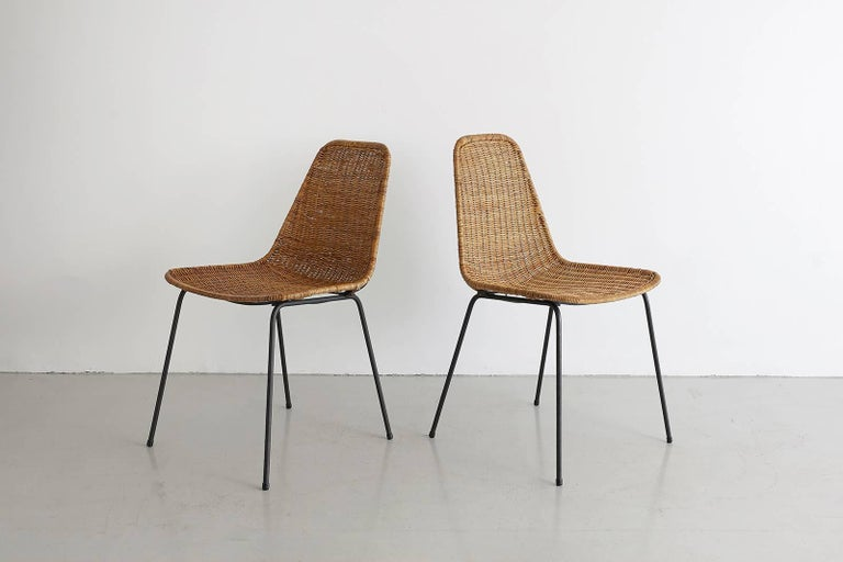 German Pair of Carlo Graffi Wicker and Iron Chairs For Sale