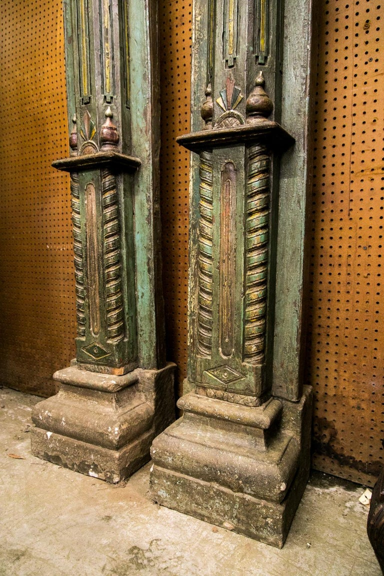 Pair of Carved and Painted Pilasters In Good Condition For Sale In Wilson, NC