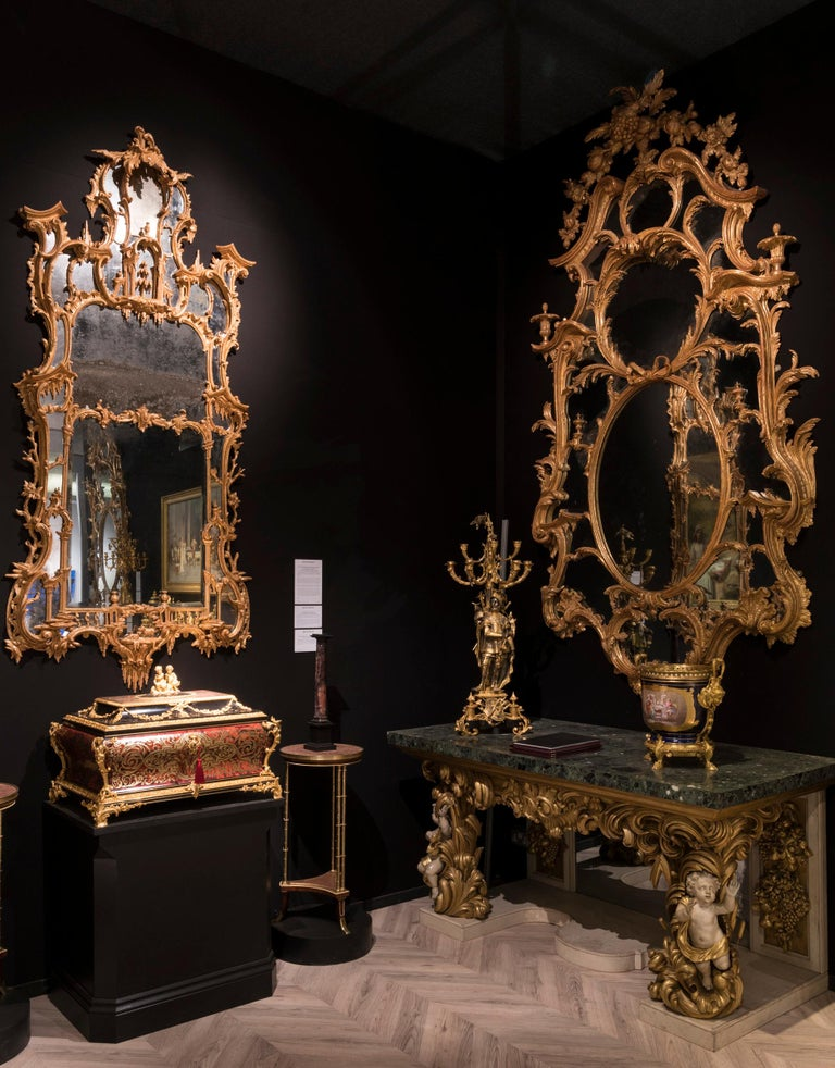 English Pair of Carved Giltwood and Green Marble Console Tables in the Italian Manner For Sale