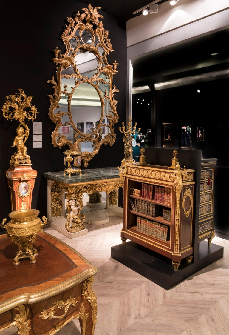 Pair of Carved Giltwood and Green Marble Console Tables in the Italian Manner In Good Condition For Sale In London, GB