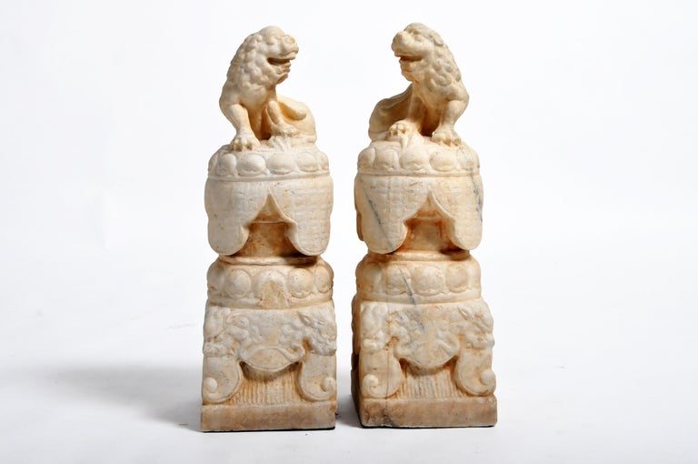 Pair of Carved Marble Fu Dogs on Pedestal For Sale 13