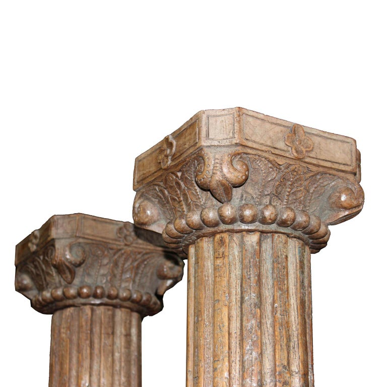 Pair of Carved Wood Columns In Good Condition For Sale In San Francisco, CA