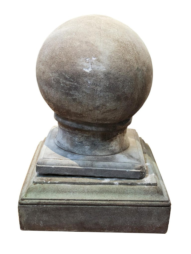 Pair of Cement Globe Finials In Good Condition For Sale In Stamford, CT