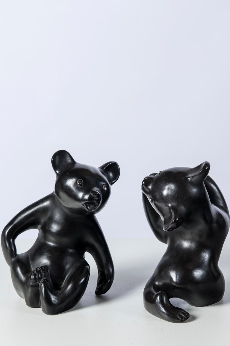 Pair of ceramic bears bookends, signed Vienna. By Leopold Anzengruber, 1955. They appear in the book of Leopold Anzengruber,