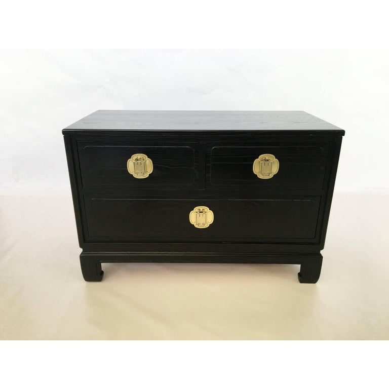 Mid-Century Modern Pair of Cerused Oak Nightstands or End Tables by Davis Furniture Co For Sale