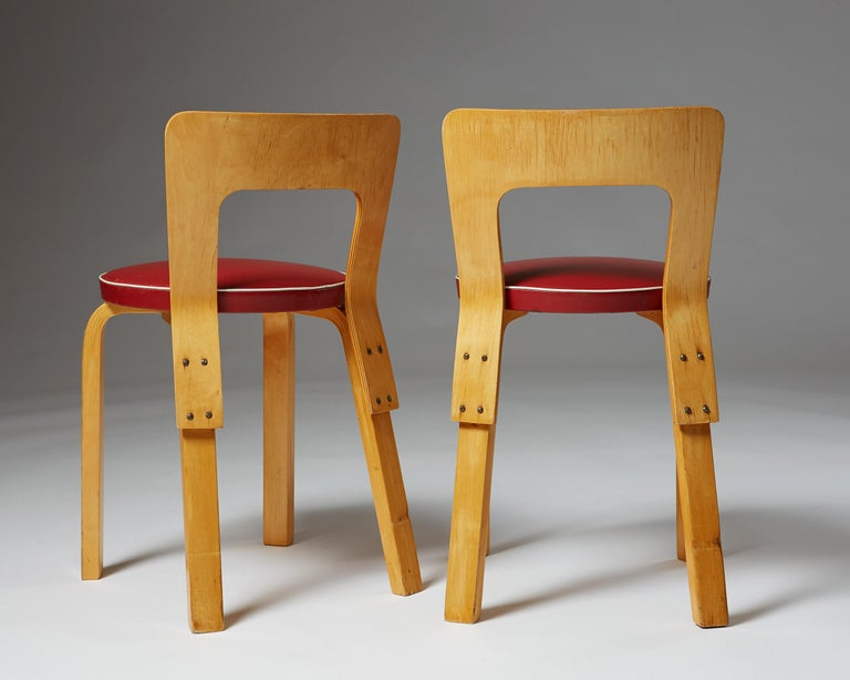 Finnish Pair of Chairs and Stools Designed by Alvar Aalto for Artek, Finland, 1950s For Sale