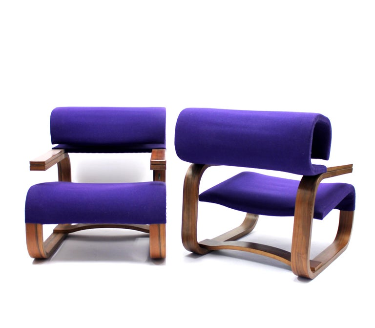 Pair of Chairs by Jan Bočan for the Czechoslovakian Embassy, Stockholm, 1972 For Sale 1