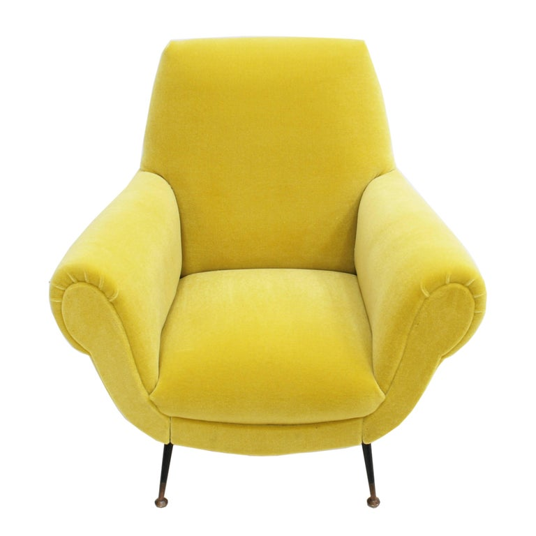 Mid-Century Modern Pair of Chairs, Design of Gigi Radice for Minotti, Italy, 1950 For Sale