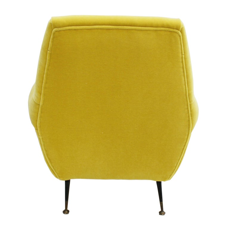 Pair of Chairs, Design of Gigi Radice for Minotti, Italy, 1950 In Excellent Condition For Sale In Madrid, ES