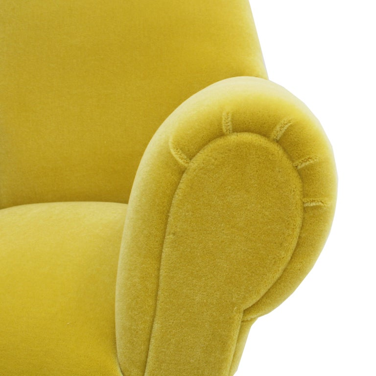 Pair of Chairs, Design of Gigi Radice for Minotti, Italy, 1950 For Sale 1