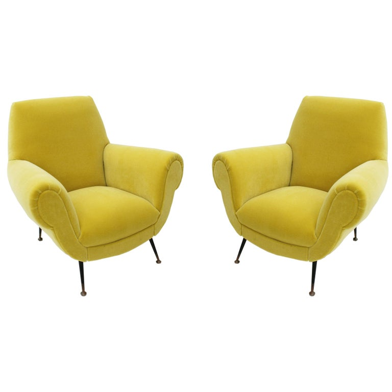 Pair of Chairs, Design of Gigi Radice for Minotti, Italy, 1950 For Sale