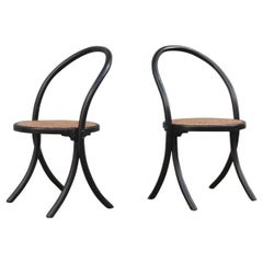 Pair of Chairs in Curved Bentwood in Black Lacquer Straw Seat Thonet