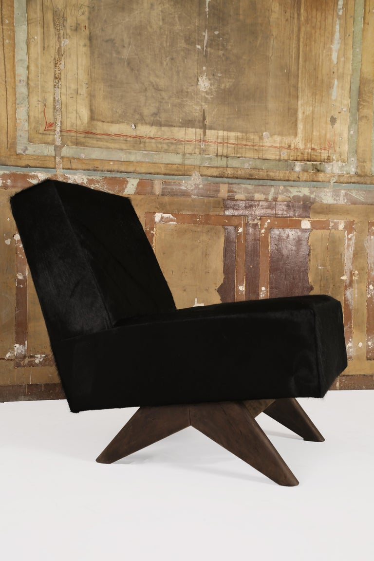 Pierre Jeanneret (1896-1967),  Pierre Jeanneret chairs set, PJ-SI-36-A chairs structure with teak seat in cowhide leather.  Pair of armchairs set from Low, High court, legislative assembly and various administrative buildings in Chandigarh.
