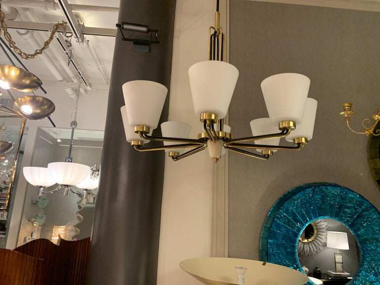 Mid-Century Modern Pair of Chandeliers by Stilnovo Italy, 1950s For Sale