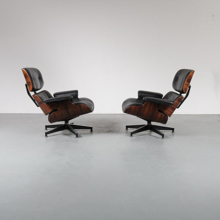 Mid-Century Modern Pair of Charles and Ray Eames Lounge Chairs for Herman Miller, circa 1970 For Sale
