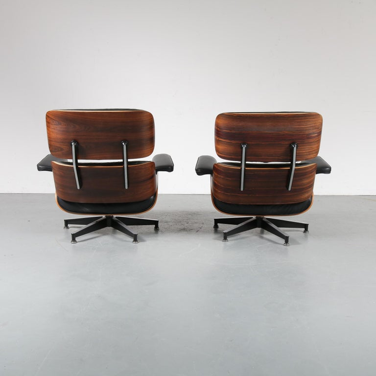 American Pair of Charles and Ray Eames Lounge Chairs for Herman Miller, circa 1970 For Sale